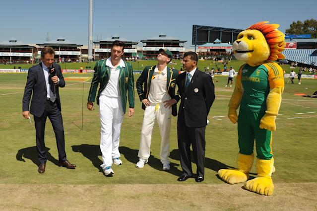 CENTURION, SOUTH AFRICA - FEBRUARY 12: Team Captians, Graeme Smith of South Africa and Michael Clarke of Austrailia at the toss during day one of the First Test match between South Africa and Australia at SuperSport Park on February 12, 2014 in Centurion, South Africa. (Photo by Lee Warren/Gallo Images/Getty Images)