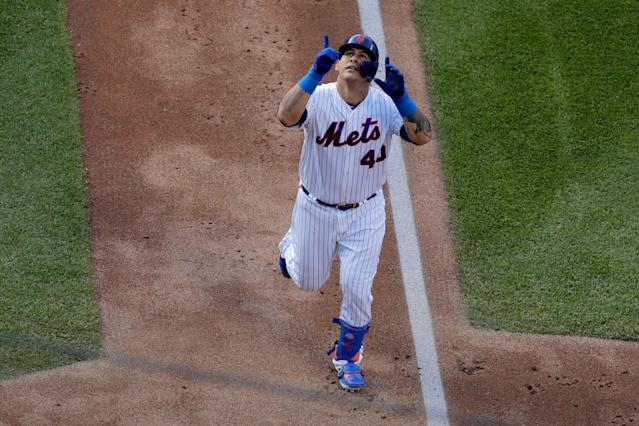 """<a class=""""link rapid-noclick-resp"""" href=""""/mlb/players/8620/"""" data-ylk=""""slk:Wilson Ramos"""">Wilson Ramos</a> has nine hits, including three homers, in his past 18 at-bats. (AP Photo/Julio Cortez)"""