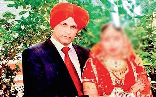 <p>ISI has trained its spies not only to don traditional Punjabi attire and speak the local dialect fluently in order to set honey traps for women in Punjab, sources say. </p>