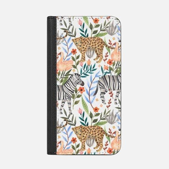 "<p>With the <a href=""https://www.popsugar.com/buy/Casetify-Moody-Jungle-Wallet-Case-113250?p_name=Casetify%20Moody%20Jungle%20Wallet%20Case&retailer=casetify.com&evar1=news%3Aus&evar9=44473996&evar98=https%3A%2F%2Fwww.popsugar.com%2Fnews%2Fphoto-gallery%2F44473996%2Fimage%2F44474006%2FCasetify-Moody-Jungle-Wallet-Case&prop13=desktop&pdata=1"" rel=""nofollow noopener"" target=""_blank"" data-ylk=""slk:Casetify Moody Jungle Wallet Case"" class=""link rapid-noclick-resp"">Casetify Moody Jungle Wallet Case</a> ($60) you can keep all of the most important things in your life (ID, credit card, phone) in one conveniently stylish place. </p>"