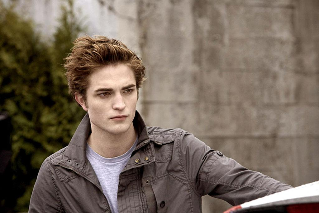 """<b>Robert Pattinson, Edward Cullen in """"Twilight"""" </b><br>Despite the fact """"Twilight"""" heartthrob Robert Pattinson rose to fame playing Edward Cullen, a vampire who remains in the body of a 17-year-old, in real life Pattinson is neither a vampire, nor a teenager, and was actually 22 when the first film in the """"Twilight"""" franchise was released in the fall of 2008. Whatever his age, girls everywhere – and his castmate Kristen Stewart – have fallen for the brooding Brit. <br>"""