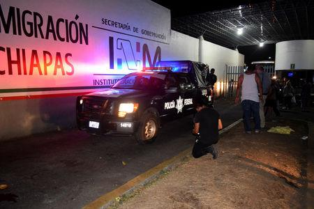 A police truck leaves the Siglo XXI immigrant detention center after a large group of Cubans, Haitians and Central Americans broke out and escaped the facilities, in Tapachula, Mexico April 25, 2019. REUTERS/Jose Torres
