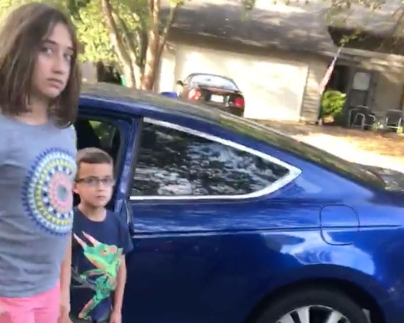 Corey Lewis of the US state of Georgia was babysitting a 10-year-old girl and a six-year-old boy when the police were called on him. He claims it's because he's black and the children are white. Source: Facebook/ Corey Lewis