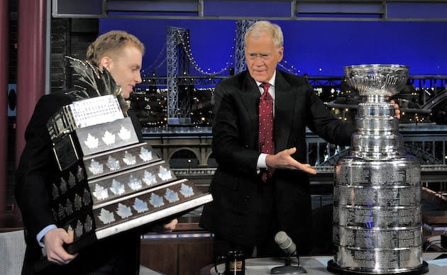Watch Patrick Kane get hosed on Letterman (Video)
