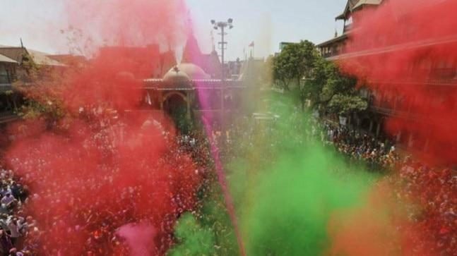 IndiaToday.in wishes its readers a happy and safe Holi!