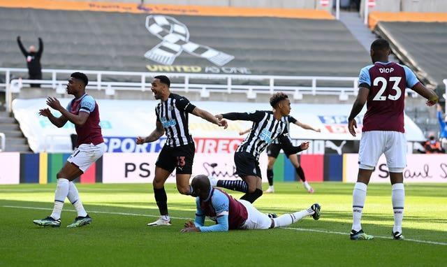 Newcastle claimed a stunning 3-2 win over West Ham to boost their chances of beating relegation