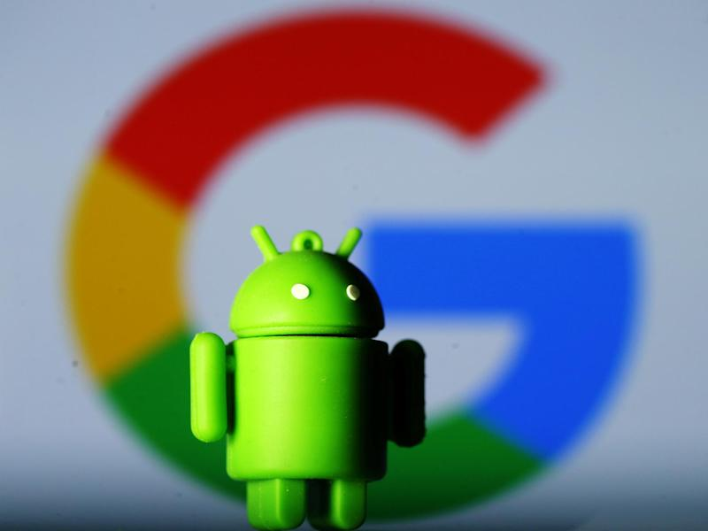 A 3D printed Android mascot Bugdroid is seen in front of a Google logo in this illustration taken July 9, 2017. Picture taken July 9, 2017: REUTERS/Dado Ruvic