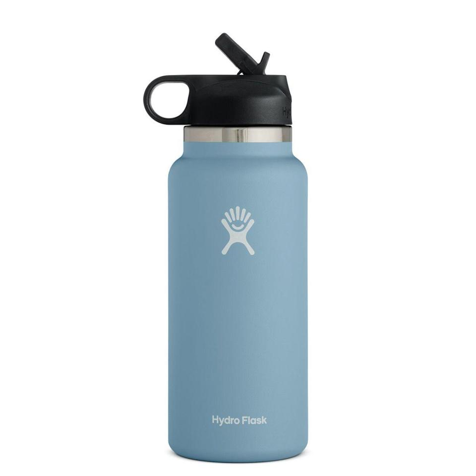 """<p><strong>Hydro Flask</strong></p><p>amazon.com</p><p><a href=""""https://www.amazon.com/Hydro-Flask-Water-Bottle-Stainless/dp/B083GC98D8/ref=sr_1_4?th=1&tag=syn-yahoo-20&ascsubtag=%5Bartid%7C10049.g.8274845%5Bsrc%7Cyahoo-us"""" rel=""""nofollow noopener"""" target=""""_blank"""" data-ylk=""""slk:Shop Now"""" class=""""link rapid-noclick-resp"""">Shop Now</a></p><p>She doesn't have to be a VSCO girl to love reusable water bottles. This one helps your drinks stay the perfect temp and has a wider opening for easy cleaning.</p>"""