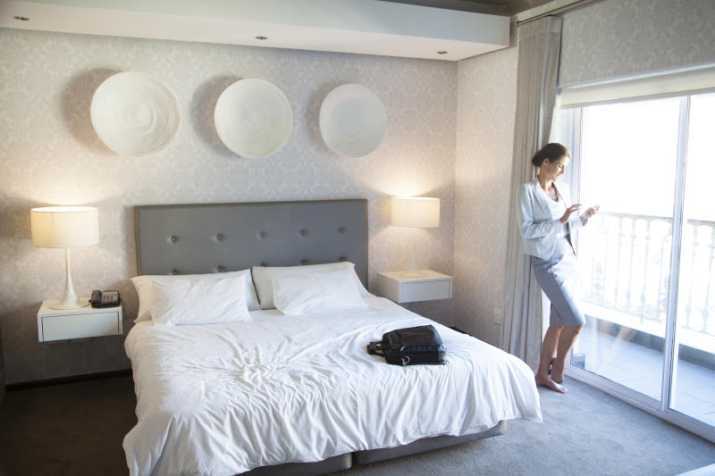 20 Ways to Score a Cheap Hotel Room