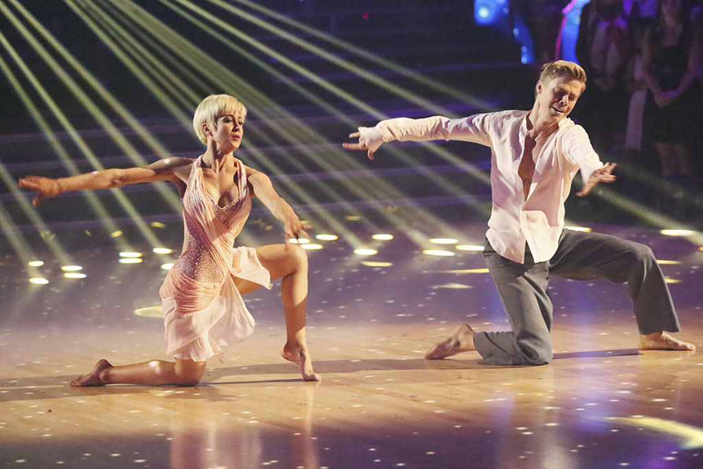 """For her finale-week freestyle, Kellie scaled back — and that included the costume department. Her sheer pink, scarf-embellished bodysuit had just enough flow to accentuate her twisty, bending moves. Judge Bruno Tonioli called the star's performance """"a contemporary work of art,"""" but he just as well could have been talking about the costume."""