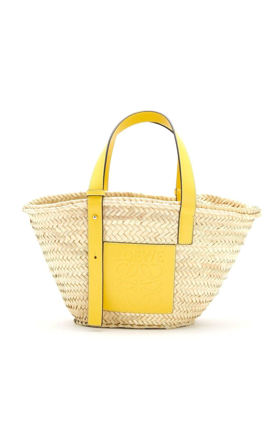 """<p><strong>Loewe</strong></p><p>modaoperandi.com</p><p><strong>$490.00</strong></p><p><a href=""""https://go.redirectingat.com?id=74968X1596630&url=https%3A%2F%2Fwww.modaoperandi.com%2Fwomen%2Fp%2Floewe%2Fbasket-bag%2F454316&sref=https%3A%2F%2Fwww.cosmopolitan.com%2Fstyle-beauty%2Ffashion%2Fg36233082%2Fbest-straw-bags%2F"""" rel=""""nofollow noopener"""" target=""""_blank"""" data-ylk=""""slk:Shop Now"""" class=""""link rapid-noclick-resp"""">Shop Now</a></p><p>If you're gonna ball out on a bag, it might as well be a Loewe one. This luxury straw design is seen on A-listers and influencers everywhere because of its leather details and subtle logo. </p>"""