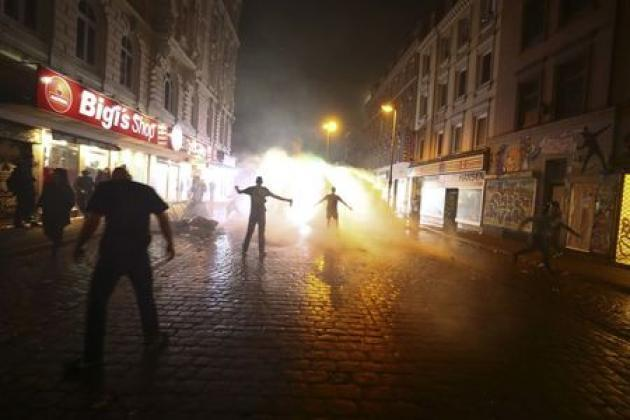 Germans angry over 'orgy of violence' at Merkel's pre-election G20