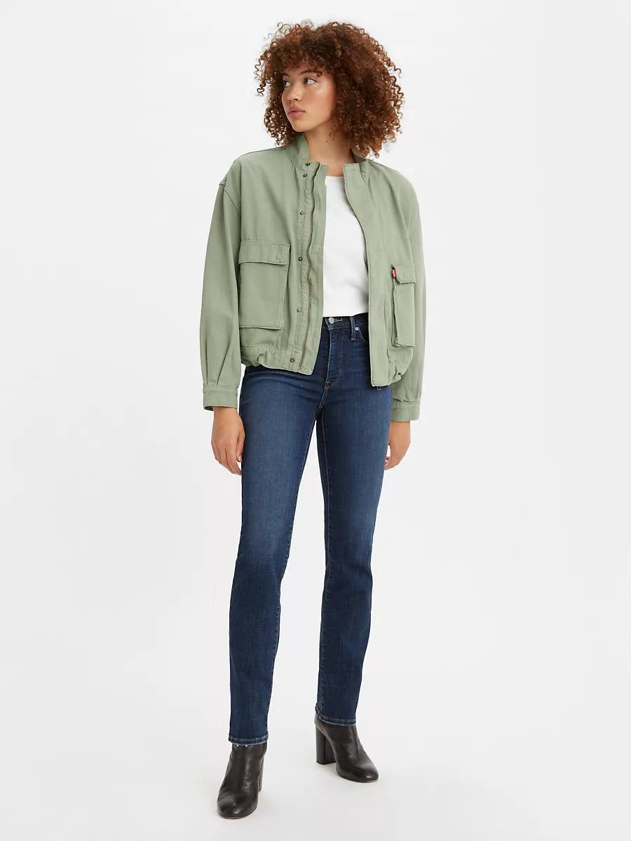 <p>We've been having a tough time finding great straight leg jeans with stretch. Well, now that we found these <span>Levi's 314 Shaping Straight Jeans</span> ($60), we don't have to worry.</p>