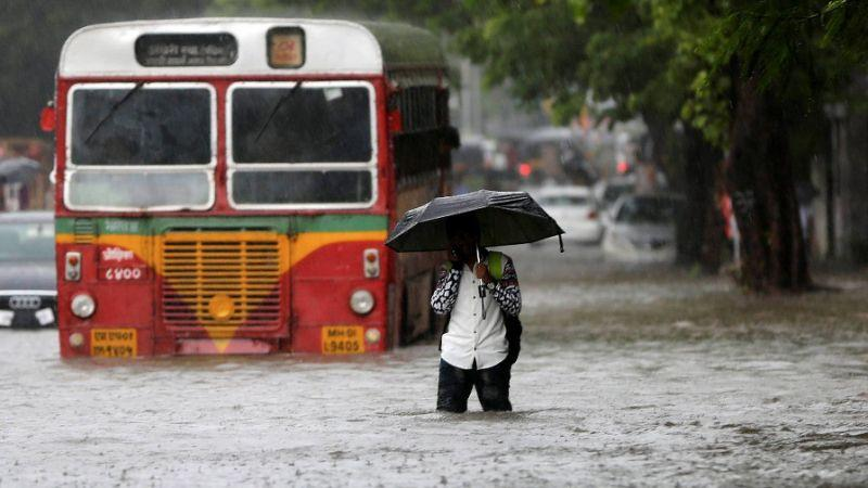 Mumbai rains 25 problems of sinking mayanagri red alert for 24 Hours