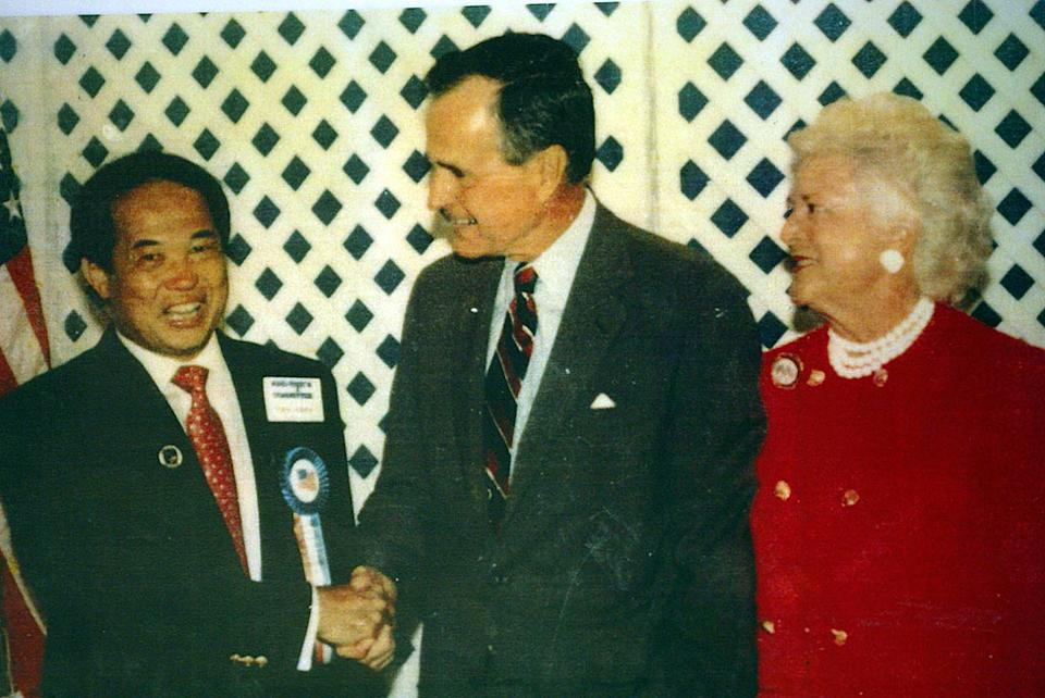 Ted com George H. W. Bush