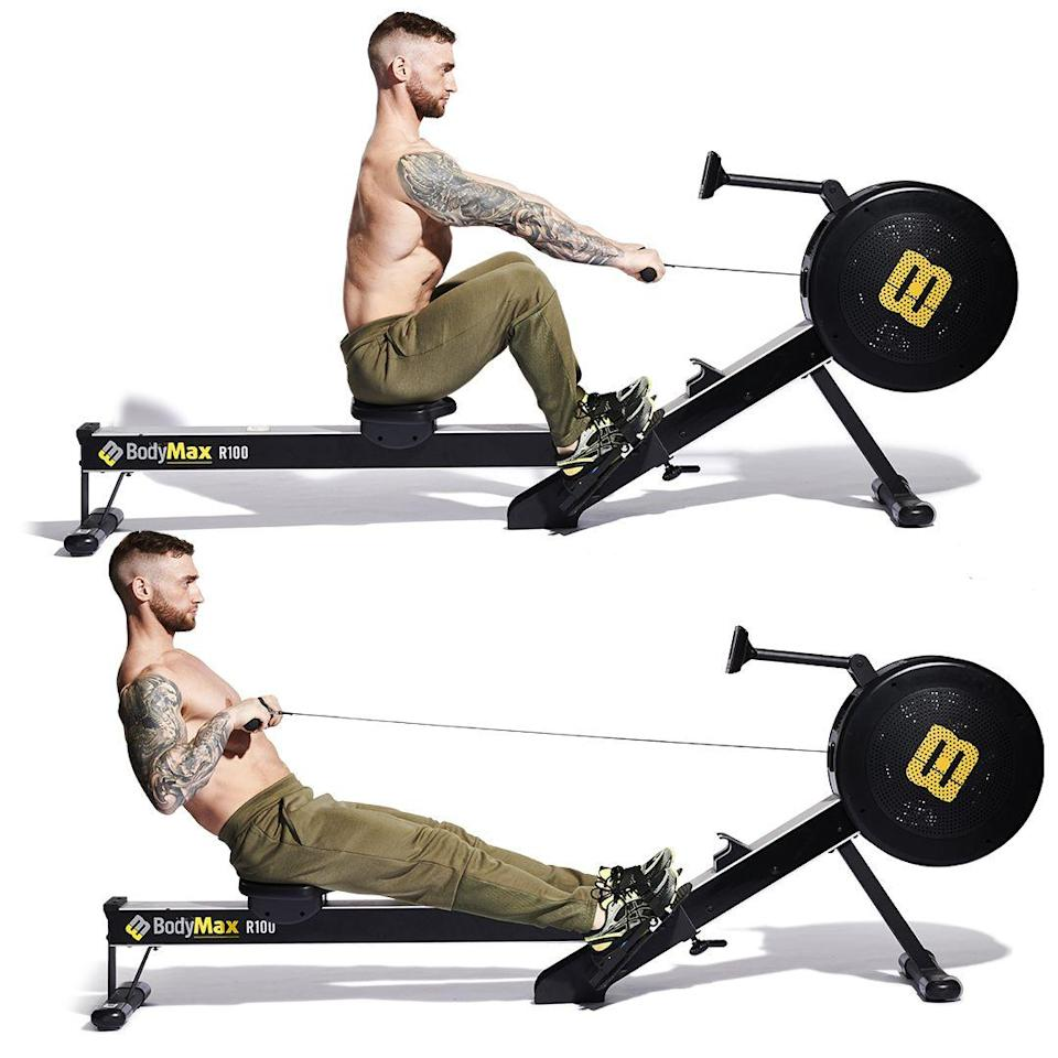 <p>Start each drive with all the power going through your legs <strong>(A)</strong>, with only a final pull with the arms <strong>(B)</strong>. The balance of effort should be 70% legs and 30% arms. Keep the stroke rate consistent. Make each pull a strong one, and go for it.</p>