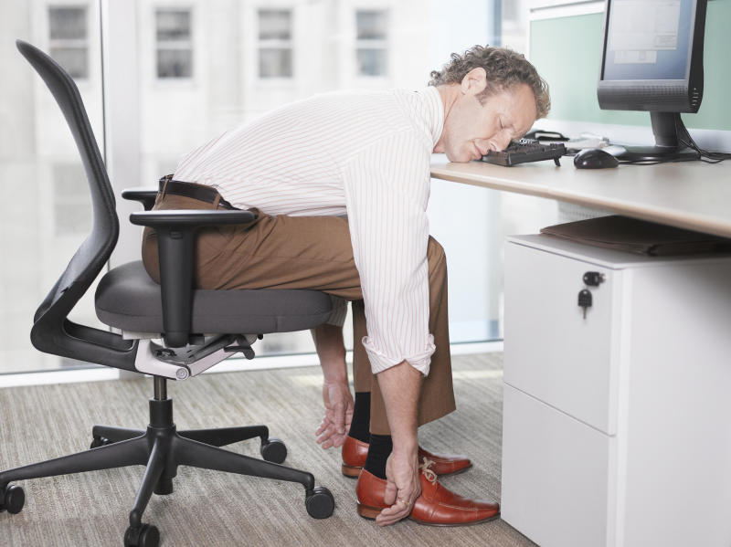Here's how to stop the afternoon slumps. Source: Getty