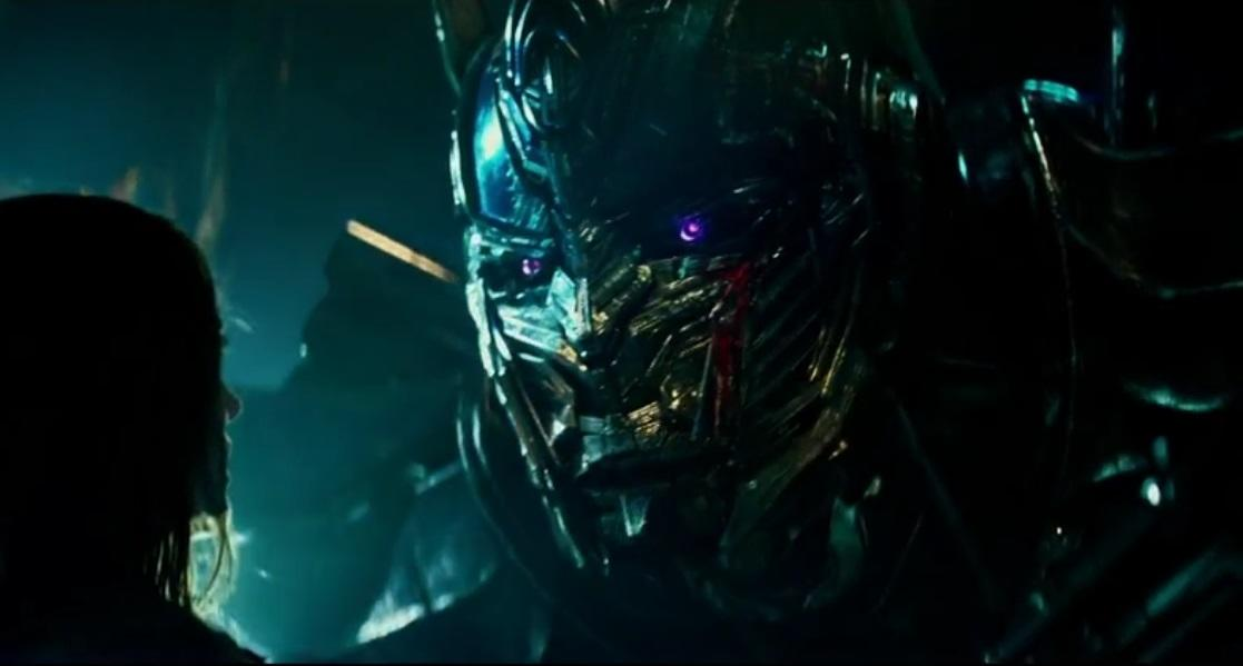 Optimus Prime goes to the dark side in 'Transformers: The Last Knight' (credit: Paramount)