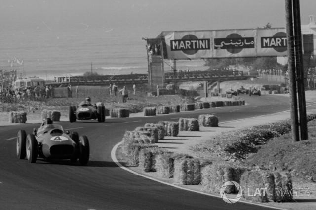 "1958: 11 gare - campione: Mike Hawthorn <span class=""copyright"">LAT Images</span>"