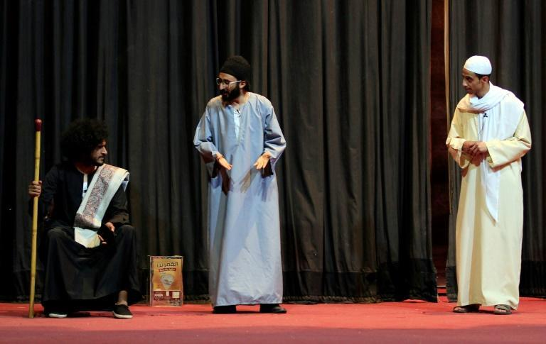 To avoid the minefields of political sensitivities and a backlash of criticism in Sanaa, under the control of Huthi rebels, actors in the play turned to comedy to paint a picture of their struggles