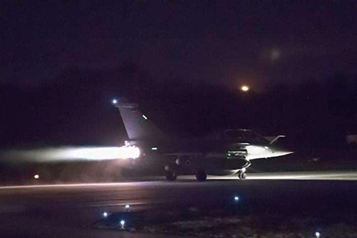 Photo obtained April 14, 2018 from the Twitter account of French Defense Minister Florence Parly shows French military aircraft launching early April 14, 2018, as western strikes hit Syrian military bases and research centres (AFP Photo/FRENCH DEFENCE MINISTER FLORENCE PARLY)