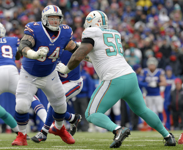 Buffalo Bills guard Richie Incognito (L) said Tuesday that he is retiring from the NFL. (AP)