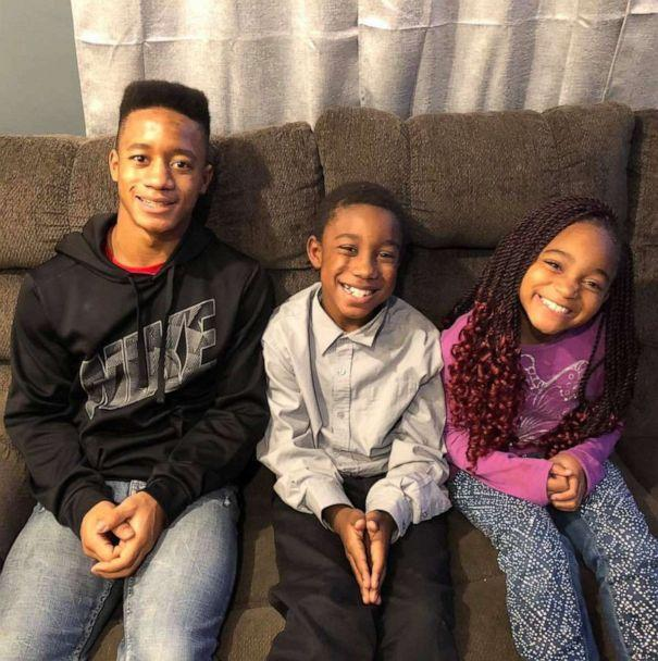 PHOTO: Siblings Jordan, 15, Jay, 10 and Myah Fessenden, 9, sit together in a photo taken November 2018. (The Fessenden Family)