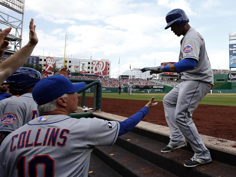 Mets manager Collins bristles at Lagares questions