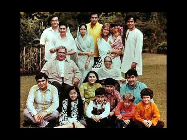 <b>The Kapoors</b><br>When it comes to famous Bollywood families, the first one to strike your mind would probably be the Kapoor family. The legacy was started by Prithviraj Kapoor who came to Mumbai to fulfill his dream of being a part of Hindi movies. After a successful run in Bollywood, his sons, the legendary, Raj Kapoor, Shashi Kapoor and Shammi Kapoor came forth and leterally ruled over it for almost three decades. Then came the turn of Raj Kapoor's sons Randhir, Rajiv and Rishi Kapoor of whom, Rishi was the most successful in the the industry.