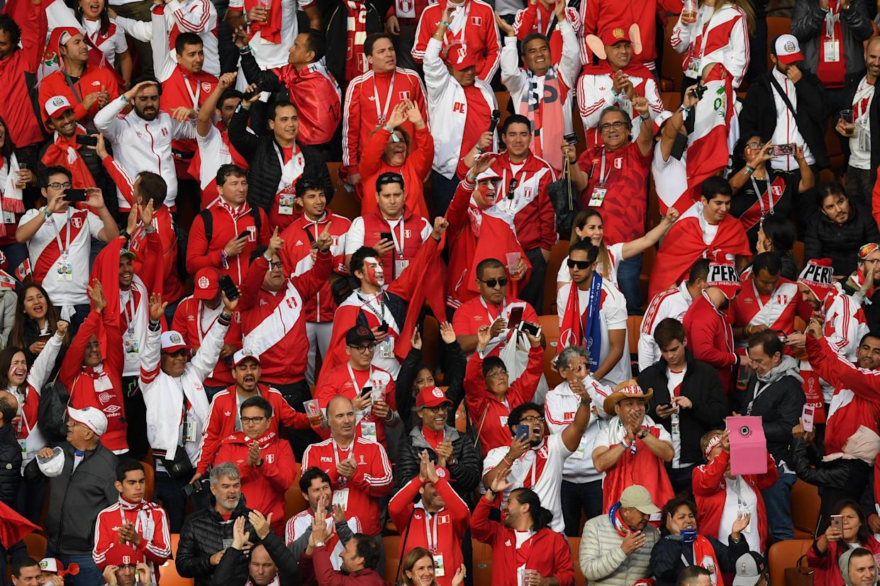 Peruvian supporters cheer ahead of the Russia 2018 World Cup Group C football match between France and Peru at the Ekaterinburg Arena in Ekaterinburg on June 21, 2018. (Getty)