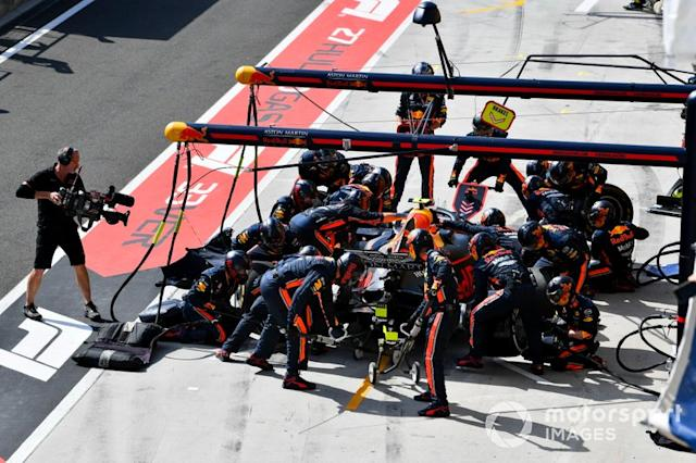 "Pierre Gasly, Red Bull Racing RB15, pit stop <span class=""copyright"">Mark Sutton / Sutton Images</span>"