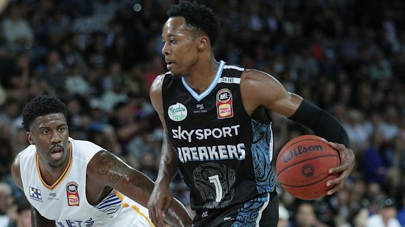 Lamar Patterson (L) with a game-high 18 points has led Brisbane to a NBL win over the NZ Breakers