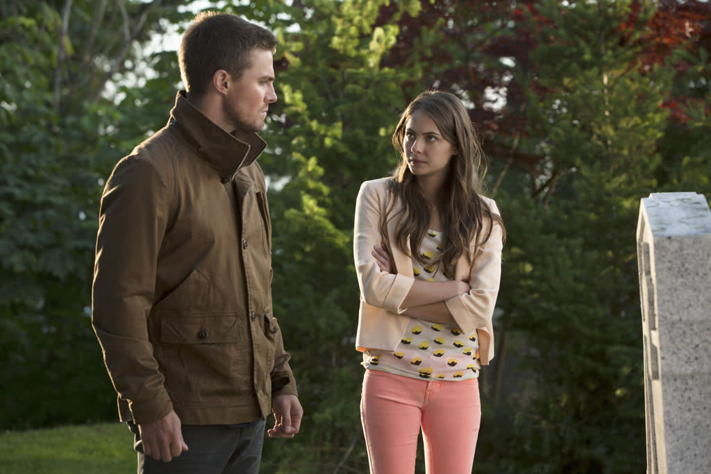 """Honor Thy Father"" -- Stephen Amell as Oliver Queen and Willa Holland as Thea"