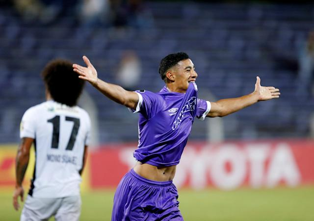 Soccer Football - Defensor Sporting v Monagas - Copa Libertadores - Luis Franzini Stadium, Montevideo, Uruguay - April 17, 2018. Defensor Sporting's Carlos Nahuel Benavidez celebrates after scoring. REUTERS/Andres Stapff