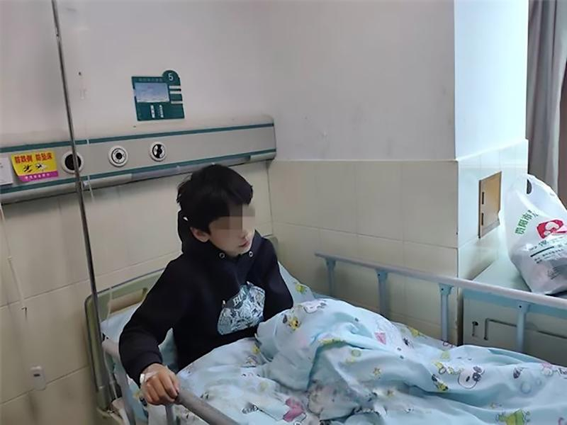 The 11-year-old boy had surgery after swallowing a drawing pin. Source: AsiaWire