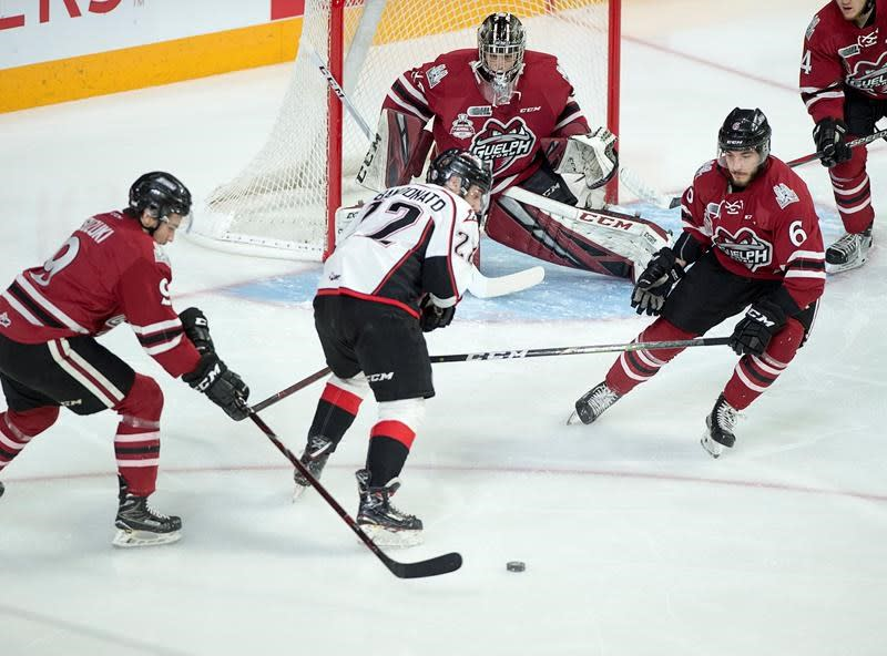 NHL prospects Durzi, Suzuki been working together a long time for a Memorial Cup