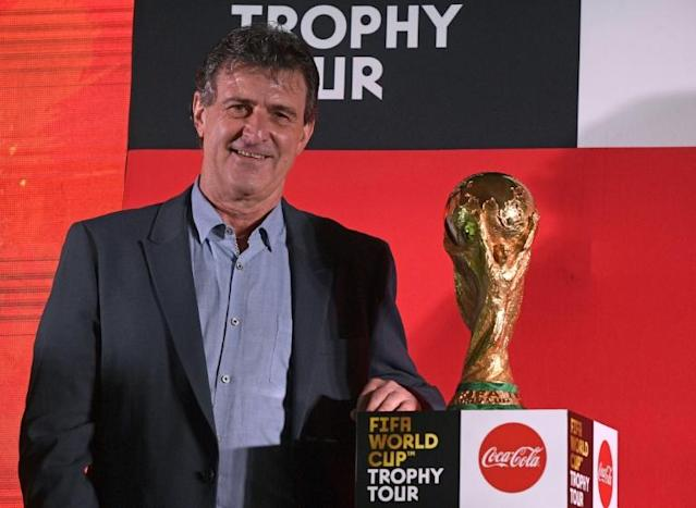Mario Kempes interested in coaching Argentina