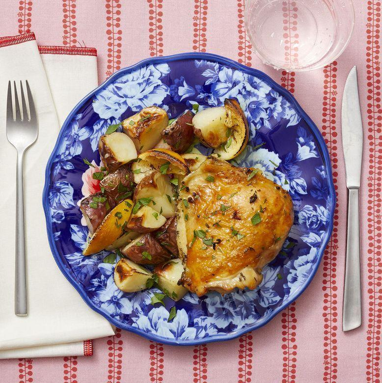 "<p>The end result here is so pretty, she'll have no idea the whole thing came together on one pan. For an extra magical taste, squeeze a few lemon wedges onto the chicken before serving. </p><p><strong><a href=""https://www.thepioneerwoman.com/food-cooking/recipes/a35916631/lemon-thyme-sheet-pan-chicken-and-potatoes-recipe/"" rel=""nofollow noopener"" target=""_blank"" data-ylk=""slk:Get the recipe"" class=""link rapid-noclick-resp"">Get the recipe</a>.</strong></p><p><strong><a class=""link rapid-noclick-resp"" href=""https://go.redirectingat.com?id=74968X1596630&url=https%3A%2F%2Fwww.walmart.com%2Fbrowse%2Fhome%2Fserveware%2Fthe-pioneer-woman%2F4044_623679_639999_2347672&sref=https%3A%2F%2Fwww.thepioneerwoman.com%2Ffood-cooking%2Fmeals-menus%2Fg35589850%2Fmothers-day-dinner-ideas%2F"" rel=""nofollow noopener"" target=""_blank"" data-ylk=""slk:SHOP SERVEWARE"">SHOP SERVEWARE</a><br></strong></p>"