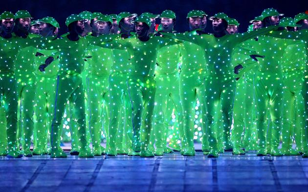 BEIJING - AUGUST 08:  Dancers perform during the Opening Ceremony for the 2008 Beijing Summer Olympics at the National Stadium on August 8, 2008 in Beijing, China.  (Photo by Jeff Gross/Getty Images)