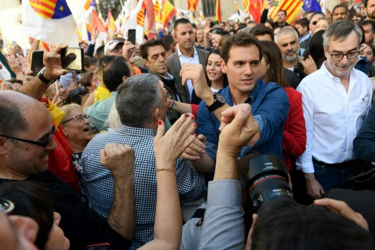 Ciudadanos leader Albert Rivera called on the Spanish government to suspend Catalan autonomy