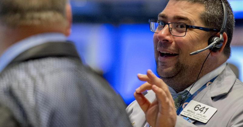 Futures point to lower open on Wall Street; Snap earnings disappoint