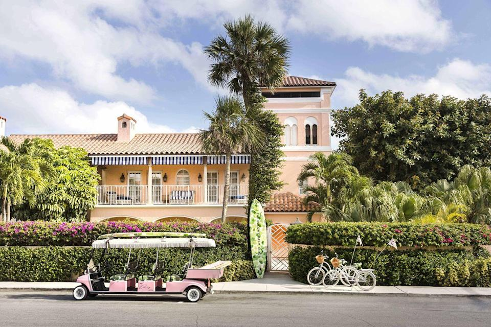 """<p>This iconic Palm Beach hotel is a design enthusiast's dream escape, as it's full of retro glamour, historic motifs, and charming architectural details. Beyond impeccable design, the property has also mastered the art of the happy hour with the legendary Swifty's Pool, a poolside dining concept underneath a hanging garden. <a href=""""https://thecolonypalmbeach.com/"""" rel=""""nofollow noopener"""" target=""""_blank"""" data-ylk=""""slk:The Colony Hotel Palm Beach"""" class=""""link rapid-noclick-resp"""">The Colony Hotel Palm Beach</a> also features charming amenities like Beach Butlers, complimentary beach cruisers, a beloved spa, and much, much more. It won't take long to discover why design enthusiasts everywhere flock to this pink hotel year after year.</p>"""