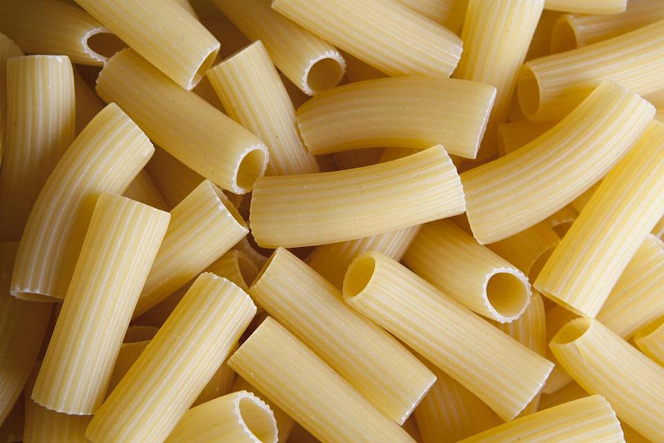 <p><strong>Category: </strong>Tubular pasta<br><strong>Pronunciation: </strong>Rig-uh-TOE-nee<br><strong>Literal meaning: </strong>Large lined ones<br><strong>Typical pasta cooking time: </strong>10-15 minutes</p>