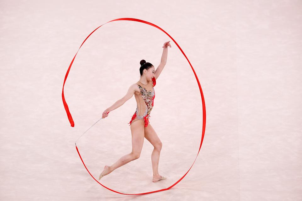 <p>Chiaski Oiwa of Team Japan competes during the Individual All-Around Qualification on day fourteen of the Tokyo 2020 Olympic Games at Ariake Gymnastics Centre on August 06, 2021 in Tokyo, Japan. (Photo by Laurence Griffiths/Getty Images)</p>