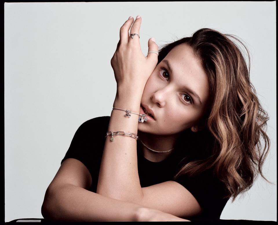 Millie Bobby Brown with the Pandora Me Link Bracelet, crafted with sustainable sterling silver. (PHOTO: Pandora)