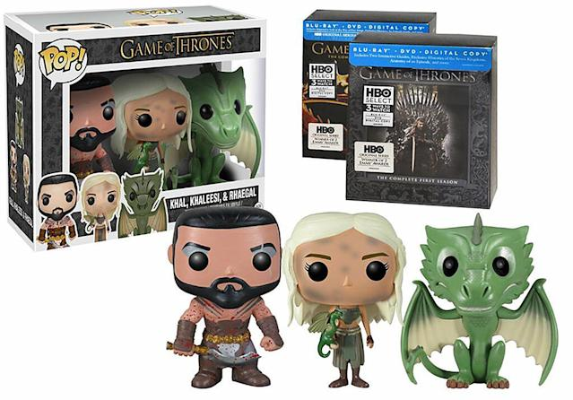 <p>This features a Daenerys still sooty from the flames that birthed her dragons. </p>