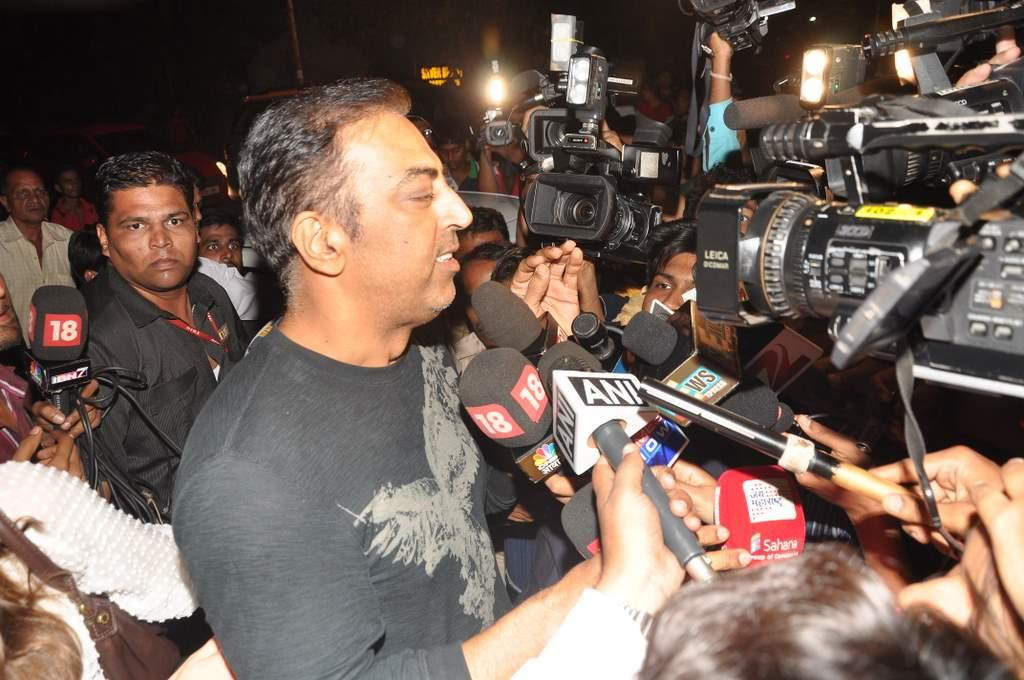 "Vindoo Dara Singh makes a point while interacting with the media after being released on bail. The actor told reporters, ""I have never done any match-fixing, nor told any lies.   I haven't heard half the names taken by the media."" (Sanskrity Media)"