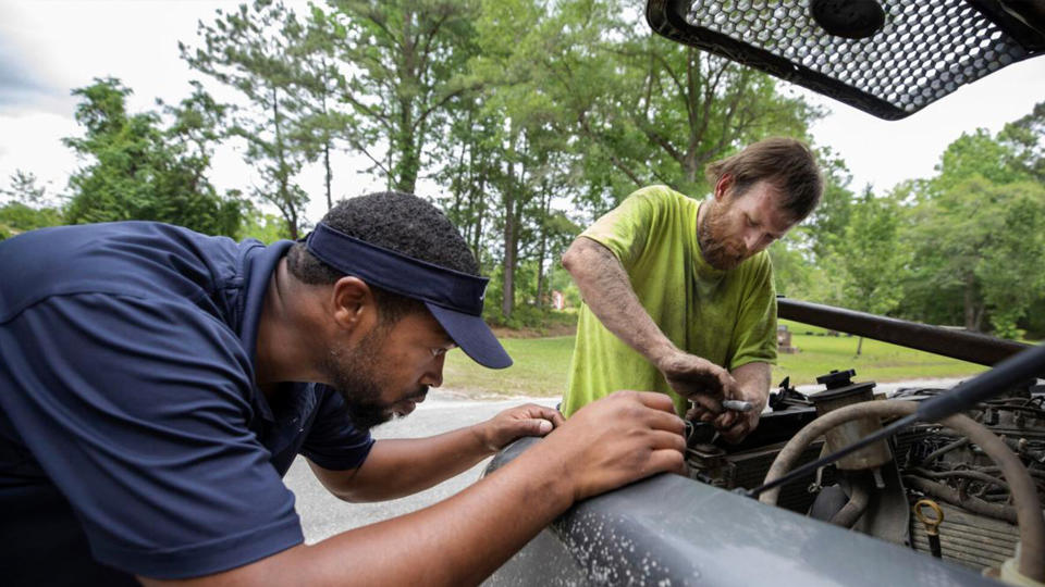 If Middleton runs into a problem while repairing cars, he thinks about what his dad would tell him to do if he were still alive. (Photo: Eliot Middleton)