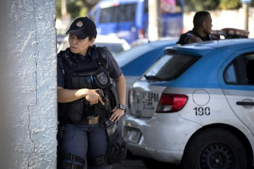 Brazil sends 1,000 additional officers to combat Rio violence