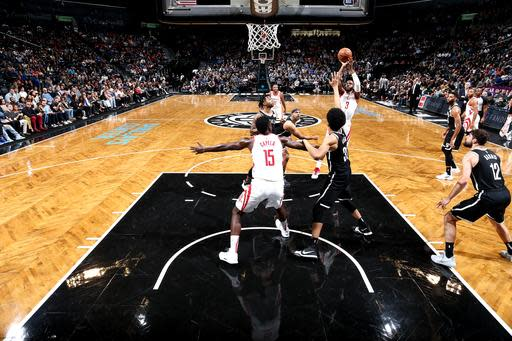 NEW YORK, NY - NOVEMBER 2: Chris Paul #3 of the Houston Rockets shoots the ball against the Brooklyn Nets on November 2, 2018 at Madison Square Garden in New York City, New York. (Photo by Nathaniel S. Butler/NBAE via Getty Images)